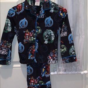 Avengers Two piece pajama set. Boy's size 8